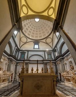 Medici Chapels - Michelangelo New Sacristy - View behind altar