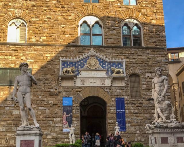 Palazzo Vecchio - Entrance with Replica Statues