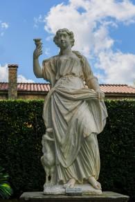 Palazzo Pfanner garden statue