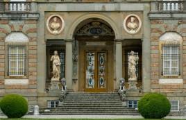 Villa Torrigiani - Front Door detail