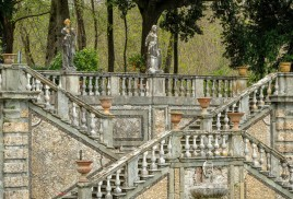 Villa Torrigiani - Garden of Flora Stairs