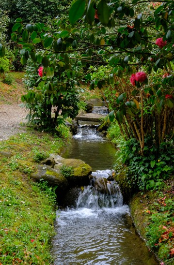 Waterfall strean in Villa Realle Gardens