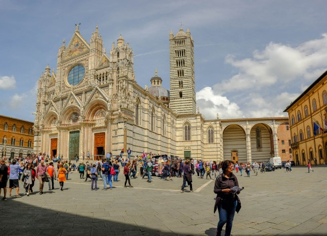 2019April-Siena-1370-Pano