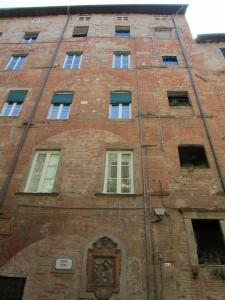 Lucca Apartment courtyard facade