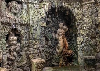 Inside Villa Reale - Grota Di Pan